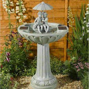 fuente de agua jardin