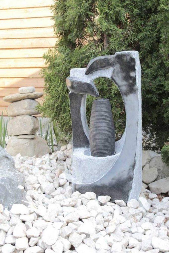 fuente agua jardin