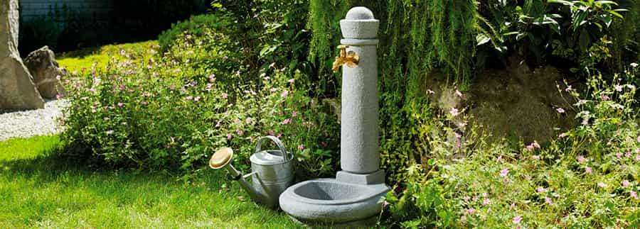 fuente con grifo para jardin